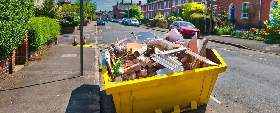 For competitively priced skips and great service contact us today. Get in touch...